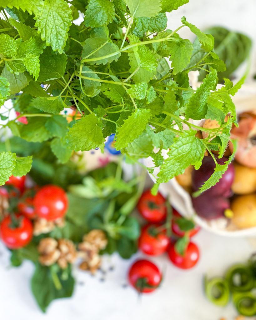 april sæson grøntsager mynte