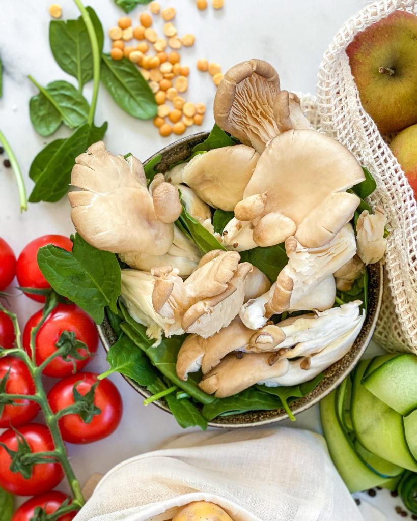 april sæson grøntsager svampe