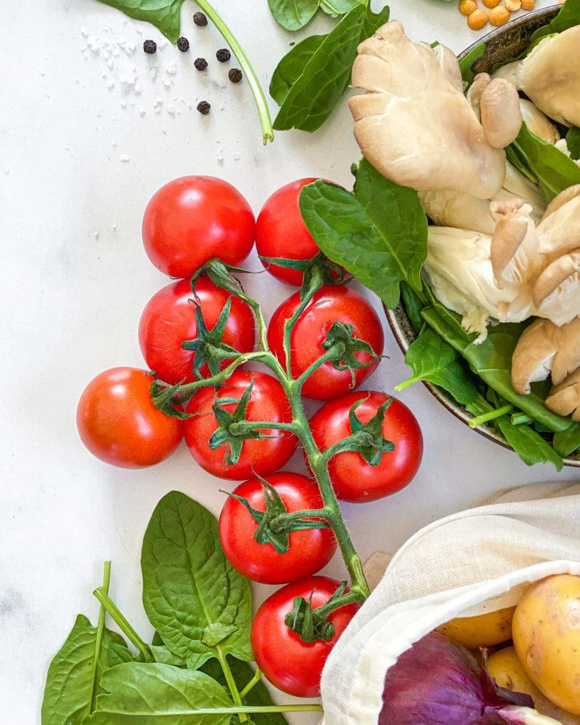 april sæson grøntsager tomat