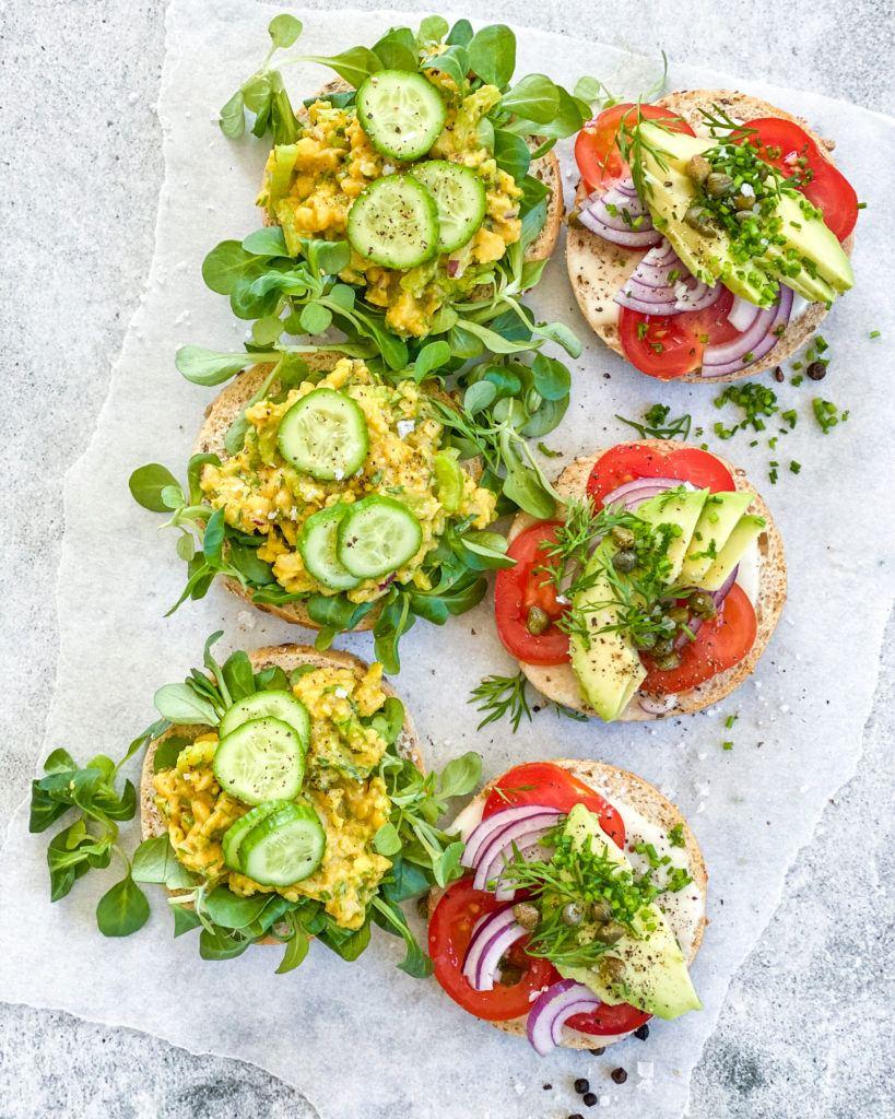 vegansk æggesalat bagels