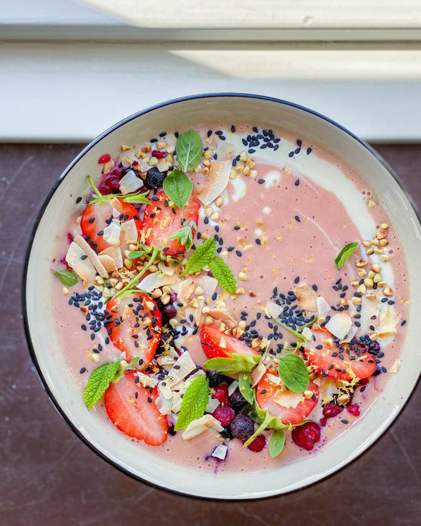 smoothiebowl jordbær
