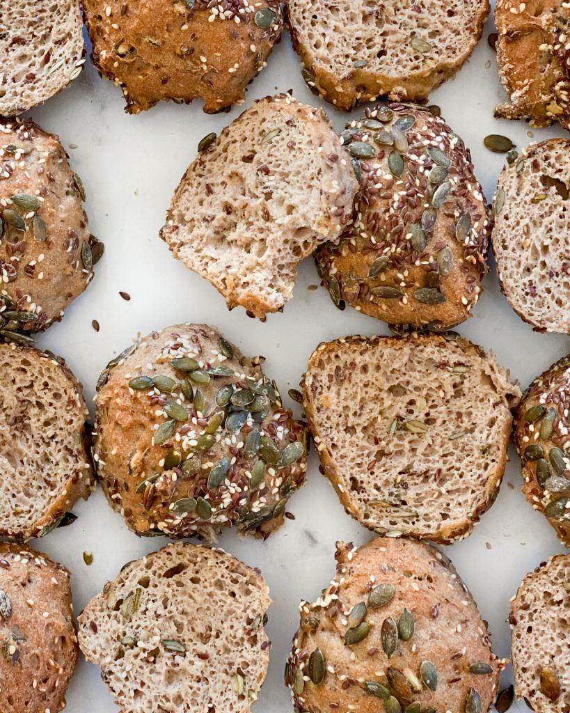 glutenfri grovboller med kerner