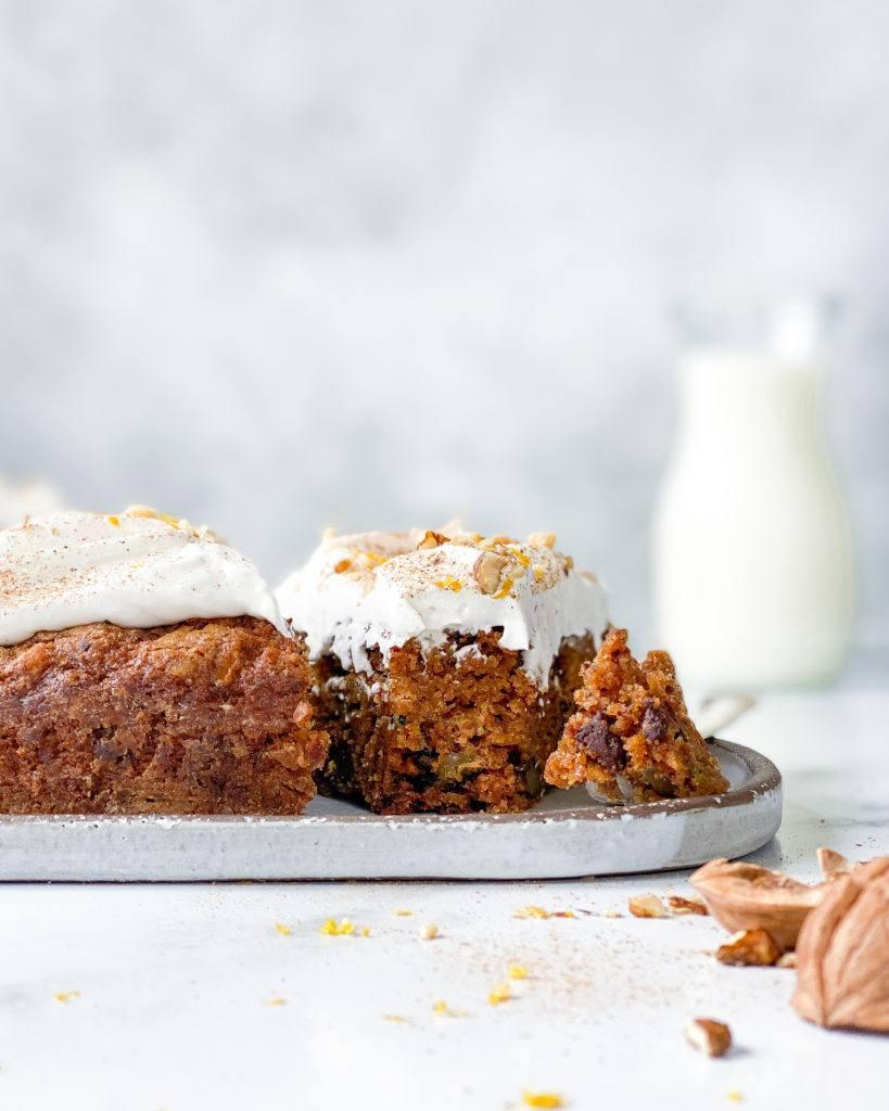 vegansk squashkage med chokolade og valnødder